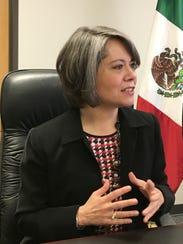 Claudia Franco Hijuelos, Cónsul de México en Phoenix.