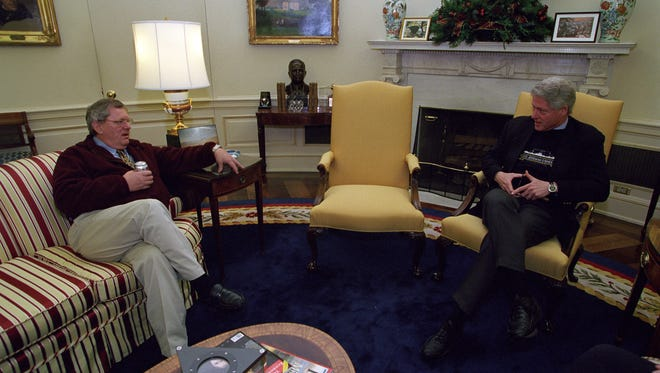 Gov. Bill Janklow meets with President Bill Clinton on Dec. 7, 2000. Janklow flew to Washington to lobby Clinton not to grant clemency to Leonard Peltier.