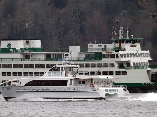 636502732385763541-Fast-ferry-2.jpg