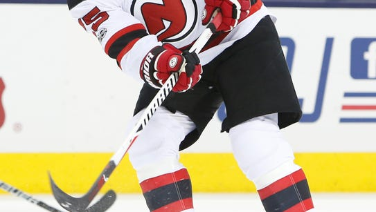 New Jersey Devils' Devante Smith-Pelly plays against