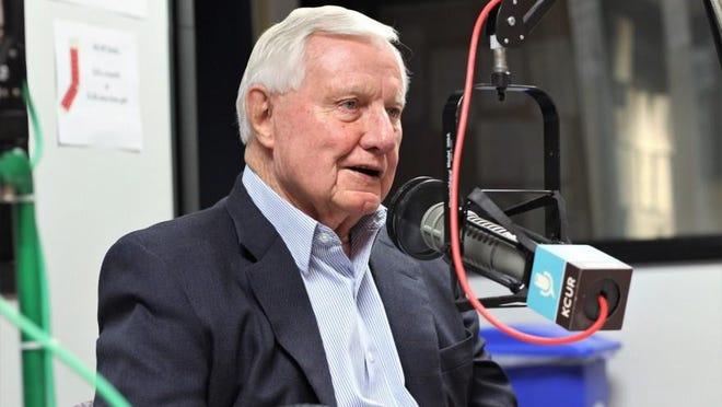 Former Kansas state Sen. Dick Bond died Thursday.