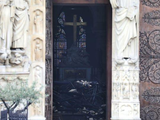 France Notre Dame Fire (2)