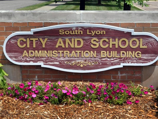 SLH South Lyon City and School Administration Building