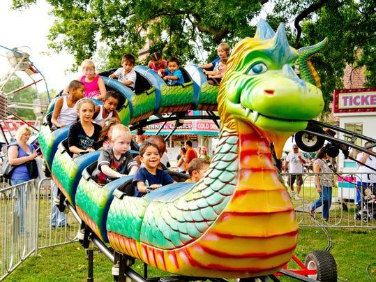 IMG_Dragon_Ride.jpg_1_1_3E43IHDJ.jpg_20130515.jpg
