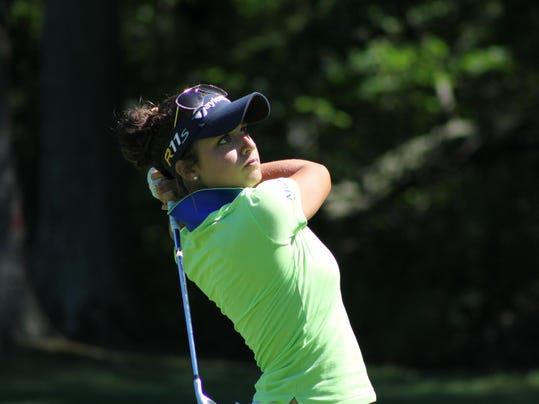 women's am Monday 026