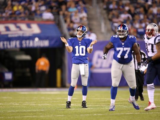 Patriots Giants Football (8)