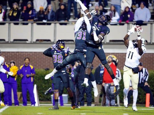 NCAA Football: Central Florida at East Carolina