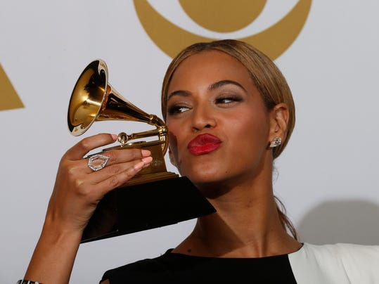 xxx-_2013-grammy-awards-beyonce-872_001.jpg