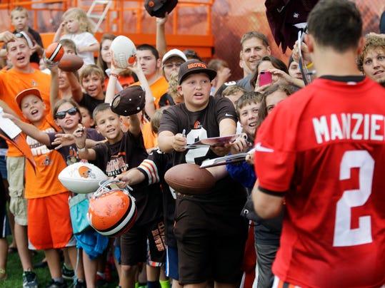 Browns Camp Football_Wald.jpg