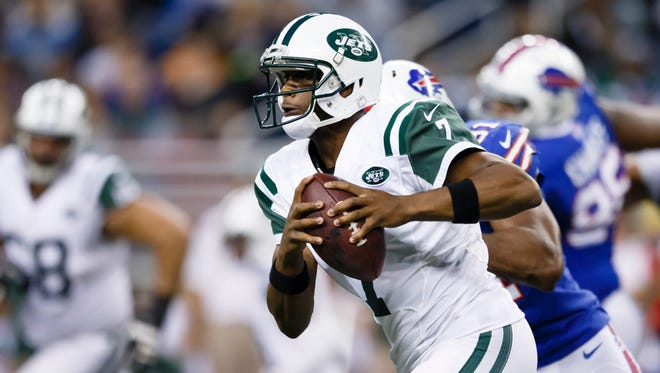 Jets quarterback Geno Smith will get the start against Miami on Monday night.