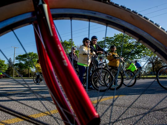 Participants line up during the Ride of Silence Wednesday,