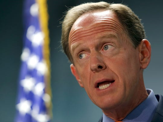 Senator Pat Toomey (R-PA) and Senator Tammy Baldwin are leading a bipartisan group of Senators to urge U.S. Trade Representative Robert Lighthizer to ensure Mexico honors its existing trade commitments.