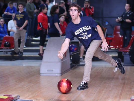 Bowling_FilePhoto_IndianHills_Mormando