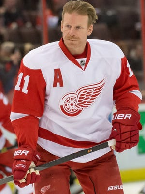 Detroit Red Wings right wing Daniel Alfredsson (11) during warmup prior to game against Ottawa Senators at Canadian Tire Centre.