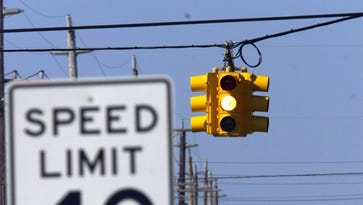 LBI traffic lights come back on