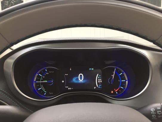 Chrysler Pacifica Hybrid: A plug-in minivan with plenty of ...