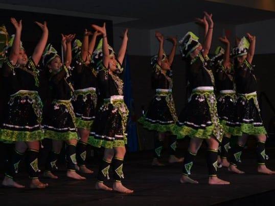 636453012570360517-hmong-dance.jpg