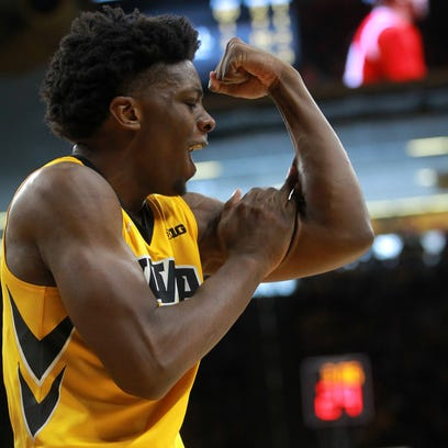 Iowa takeaways: On a possible new defensive plan, Cook's big game and a disappearing early lead