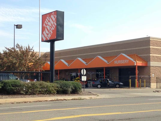 Home Depot Parking Lots : Shooting in home depot parking lot leaves dead