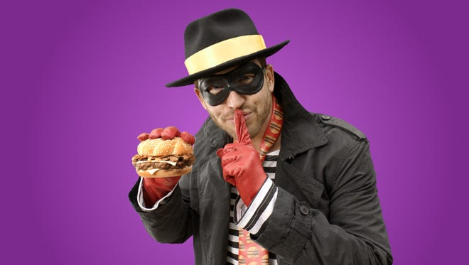 McDonald's  is bringing the burger thief Hamburglar back to its advertising after a 13-year absence.