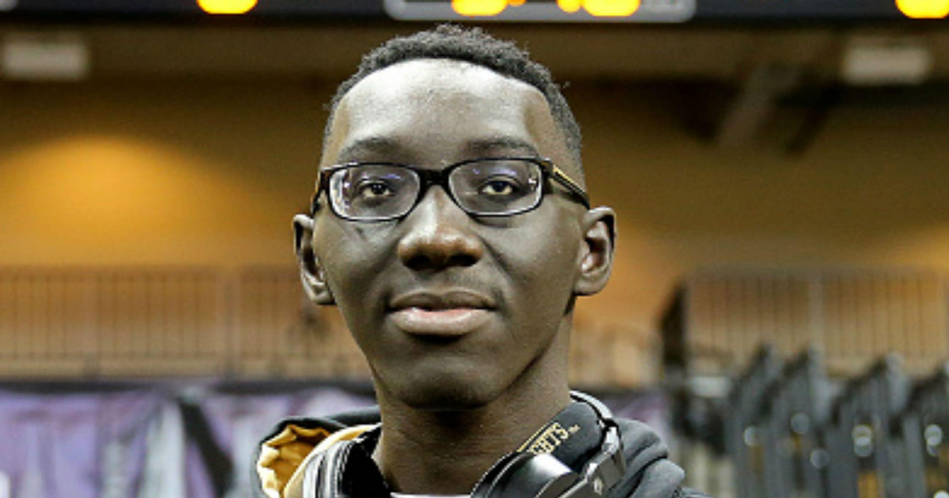UCF 7 6 Basketball Player Tacko Fall Still Ruled