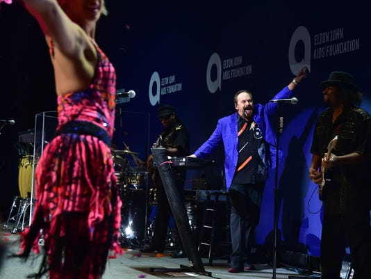 14th Annual Elton John AIDS Foundation An Enduring Vision Benefit - Show