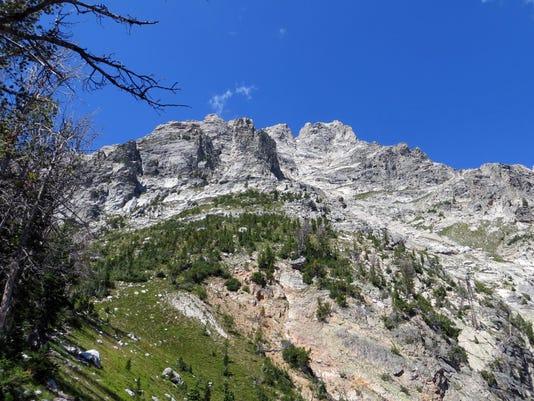 635761392389720337-15-65-Summit-of-Teewinot-Mountain