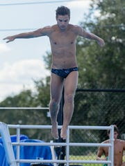 Originally considering diving to be an individual sport,