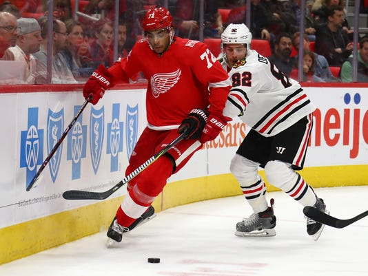 Chicago Black Hawks v Detroit Red Wings