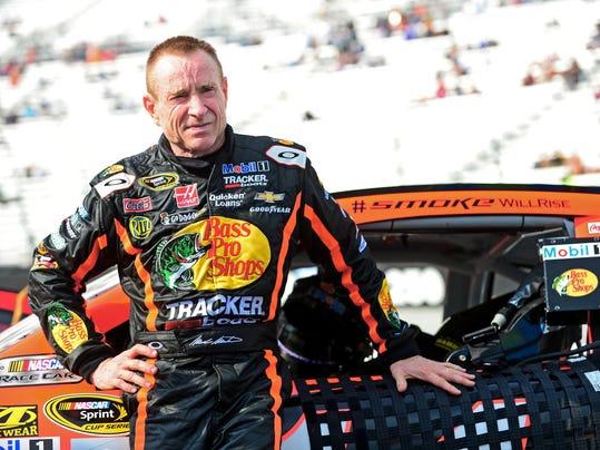 USP NASCAR: IRWIN TOOLS NIGHT RACE-QUALIFYING S CAR USA TN