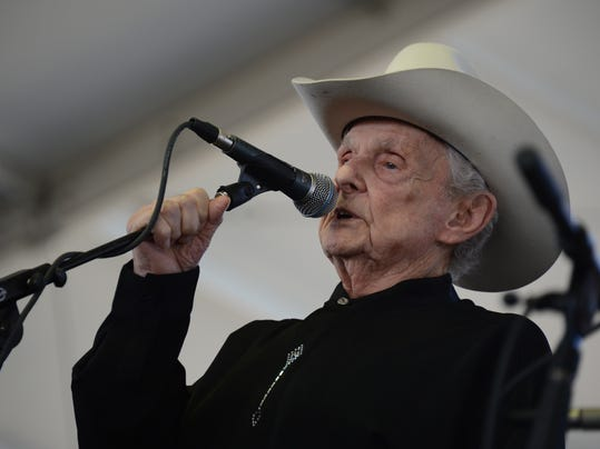 Ralph Stanley performs with His Clinch M