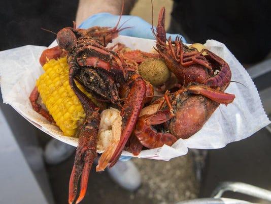 636130855123899222-seafood.jpg
