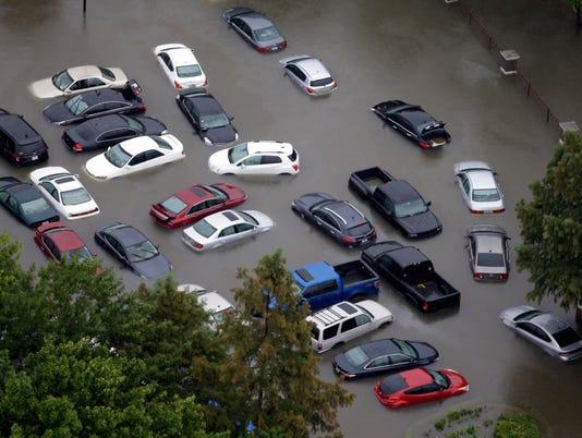 MJS-floodcars01p1