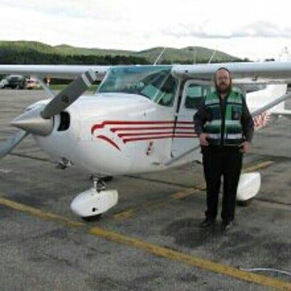 Yakov Rosenberg, Spring Valley pilot who crash-landed