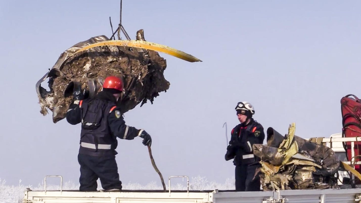 Russia: Deadly plane crash caused by pilots' error