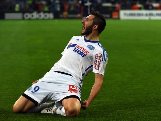 André-Pierre comenzó su carrera en los clubes locales