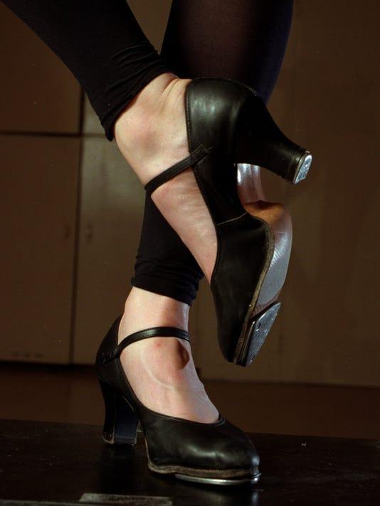 0521 tap shoes