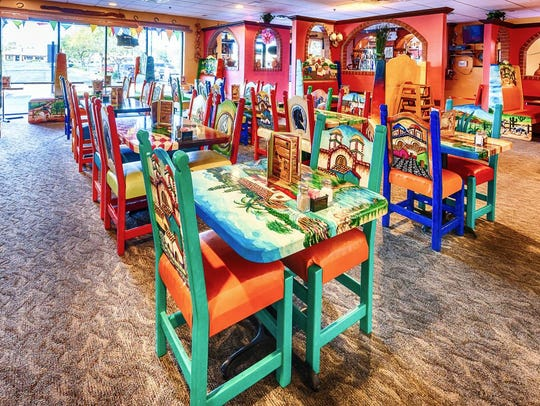 Anaya's Fresh Mexican Restaurant | Choose a mini taco