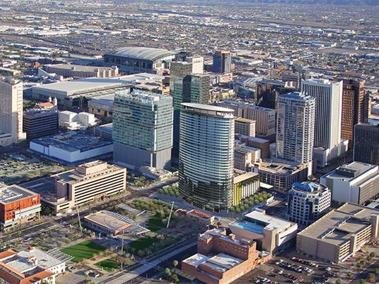 Smith Partners plans to build a high-rise development at Central Avenue and Van Buren Street in downtown, including about 475 apartments and 30,000 square feet of commercial space. The $82 million mixed-use project will be called Phoenix Central Station.