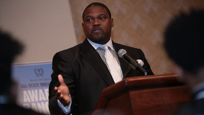 Michigan running backs coach Tyrone Wheatley