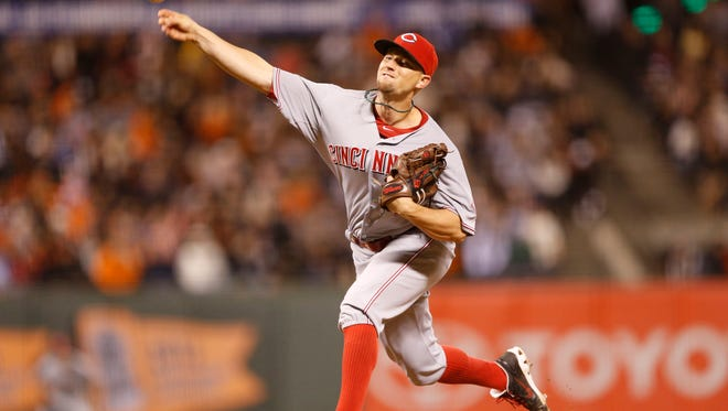 Cincinnati Reds starting pitcher Mike Leake (44) pitches during the seventh inning against the San Francisco Giants at AT&T Park.