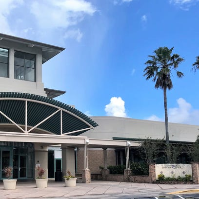 Is Indian River Mall operating on a wing and a prayer?