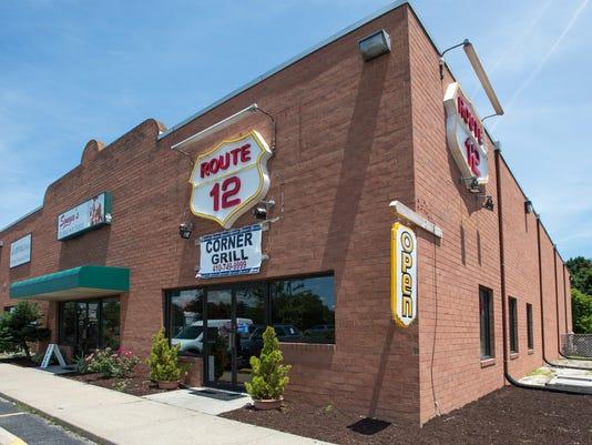 le- Route 12 Corner Grill 7752.jpg