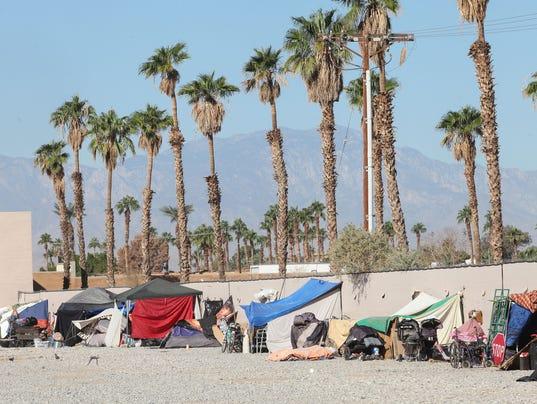 636451360075025608-senior-homelessness-9.jpg