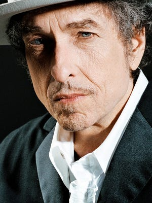 """Bob Dylan's """"Triplicate"""" spreads 30 classic standards across three albums."""