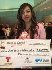 Alejandra Alvarado, estudiante de negocios de ASU.