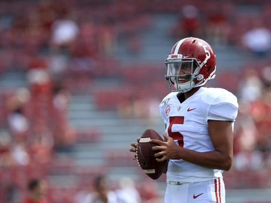Alabama quarterback Taulia Tagovailoa is transferring to Maryland.