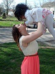 Chelsea Vasquez with daughter Kamiya.