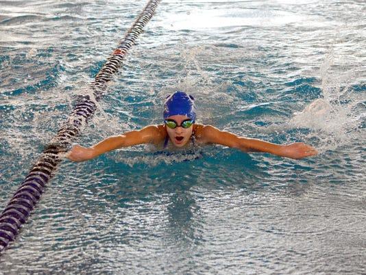 CbadSwimming121716.JPG