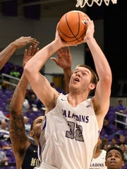 Furman's Matt Rafferty (32)